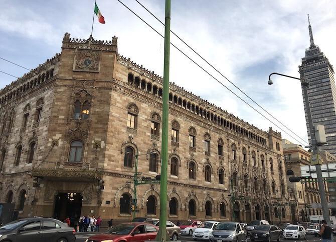 メキシコシティの郵便局外見