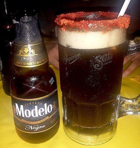 モデロ・ネグロビールのミチェラーダ
