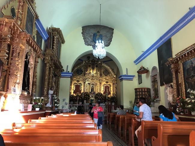 サンタ・マリア・デル・トゥーレ村の教会1