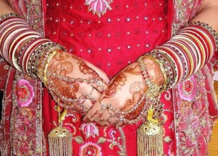 bridal-hands-mehndi-designs-15