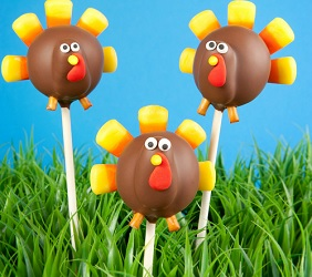 How to Wow Friends & Family With Adorable Turkey Thanksgiving Cake Pops Like A Pro Chef!
