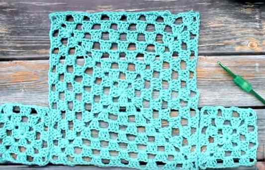 Easy to Crochet Granny Square Top - All Crafts Channel