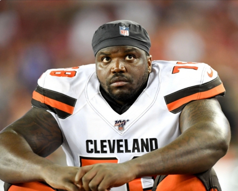CLEVELAND BROWNS' GREG ROBINSON ARRESTED WITH 157 LBS OF WEED