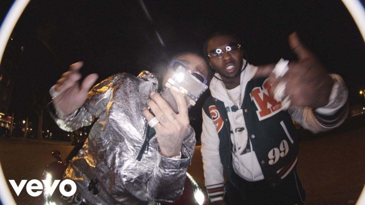 """POP SMOKE FEAT. QUAVO – """"SHAKE THE ROOM"""" (OFFICIAL MUSIC VIDEO)"""