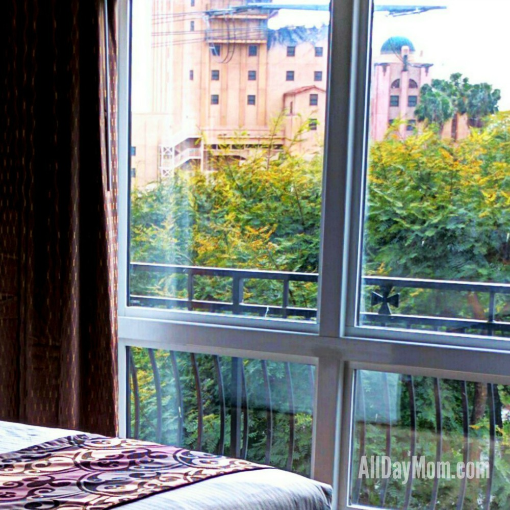 Hotel Near Disneyland: New Suites Across the Street from the Disneyland Resort at Grand Legacy At The Park!