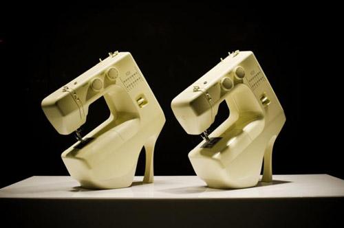Туфельки для идеальной женщины. Витрины лондонского магазина Selfridges с намеком