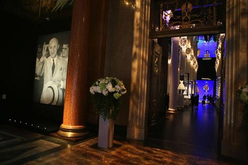 Выставка «Dior: под знаком искусства»
