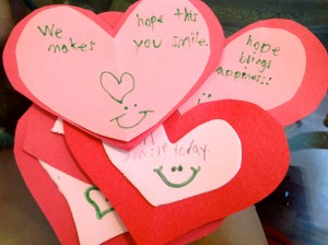 Teaching Kindness: Moms Gone Global - Random Acts of Kindness on Alldonemonkey.com