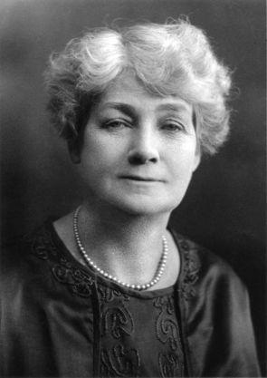 Clara Dunn