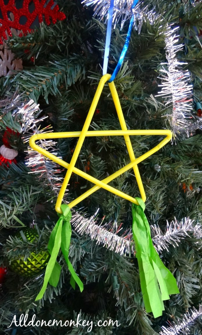 DIY Ornament: Philippine Christmas Star Craft | Alldonemonkey.com