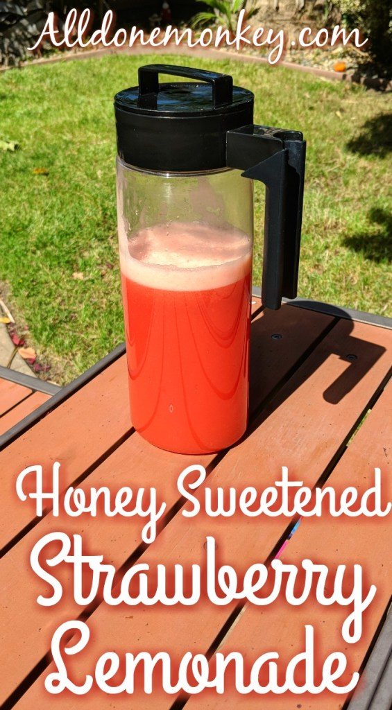 Honey Sweetened Strawberry Lemonade | Alldonemonkey.com