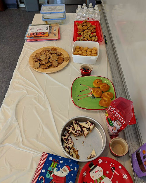 Host an Around the World Holiday Party for Kids | Alldonemonkey.com