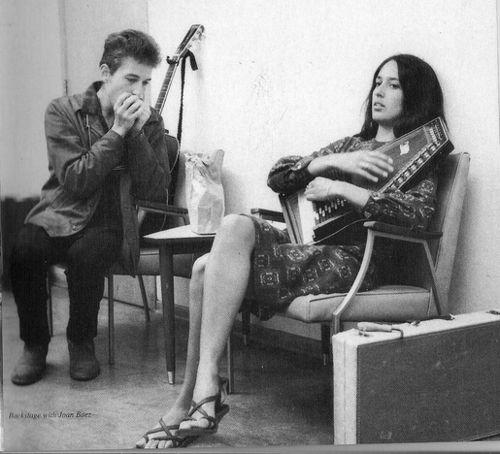 January 9 Joan Baez Was Born In 1941 Here Singing Bob
