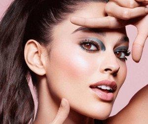 Make-Up Set von Clarins gewinnen