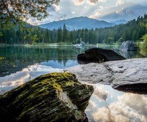 Heissluftballonfahrt und Übernachtung im Alpine Grand Hotel & Spa Waldhaus Flims gewinnen