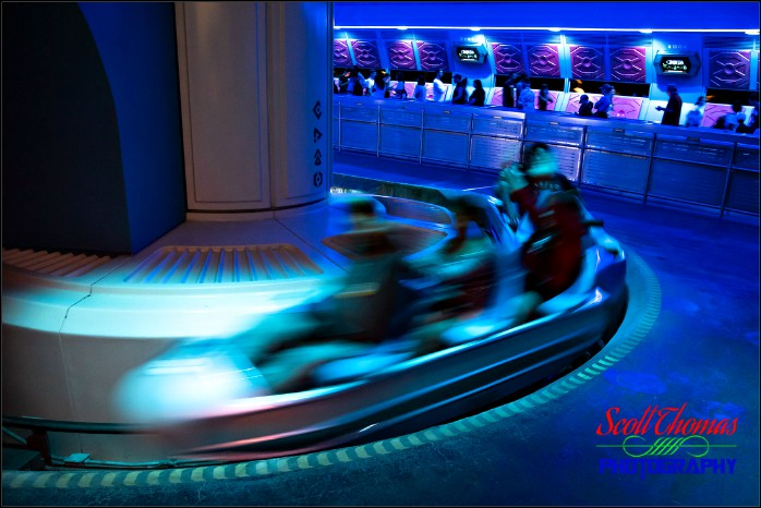 The queue areas ran an entertaining loop that was supposedly space mountain mission control channel surfing on the space mountain satellite. Space Mountain Magic Kingdom Allears Net