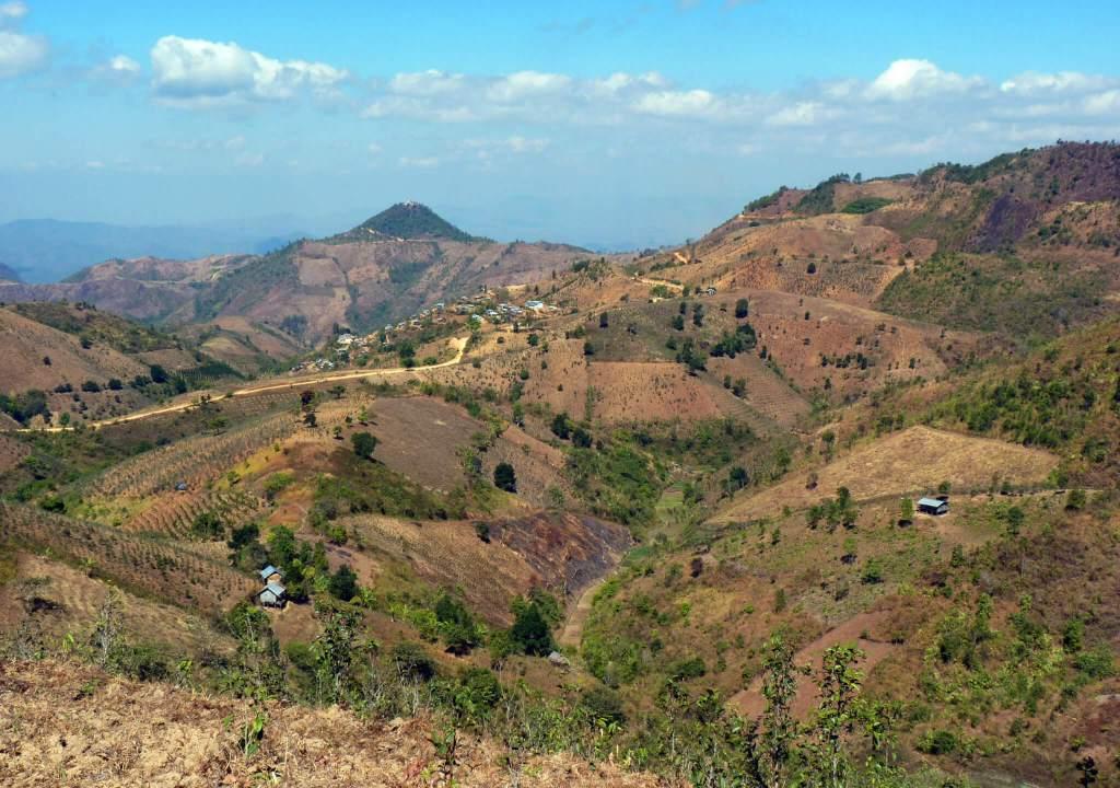 myanmar trekking