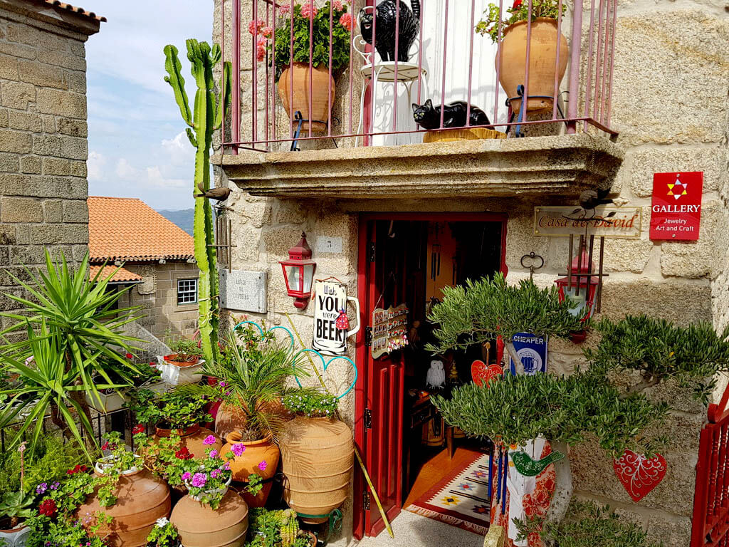 Het dorp Monsanto in de regio Centro de Portugal