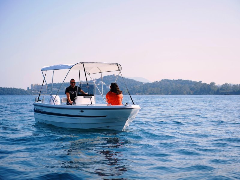 Self-drive boat hire in Corfu