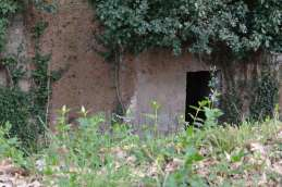 The tombs are like rooms in Etruscan homes