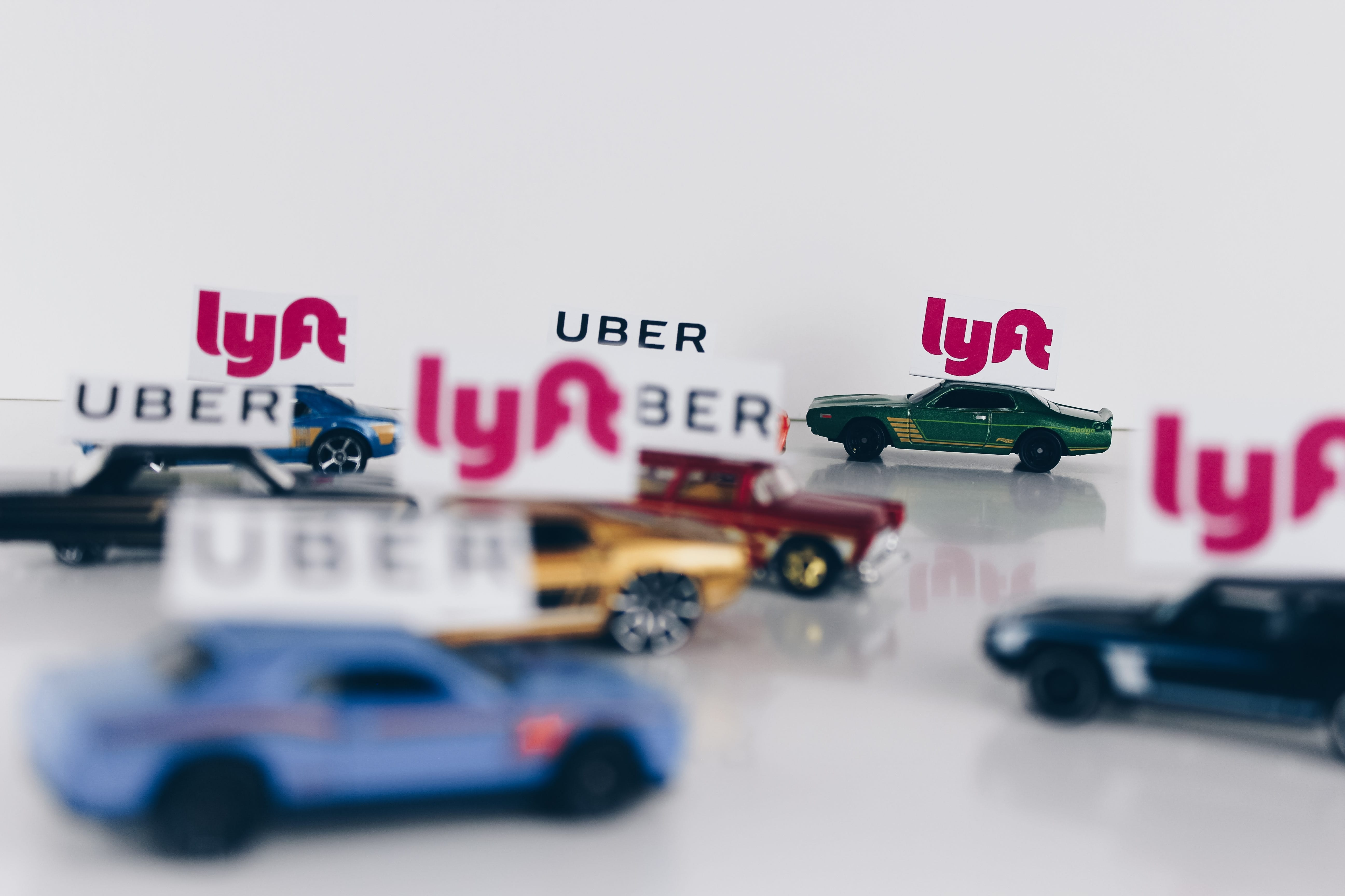 The Return of Uber and Lyft: 3 Reasons Ridesharing Will Benefit Students