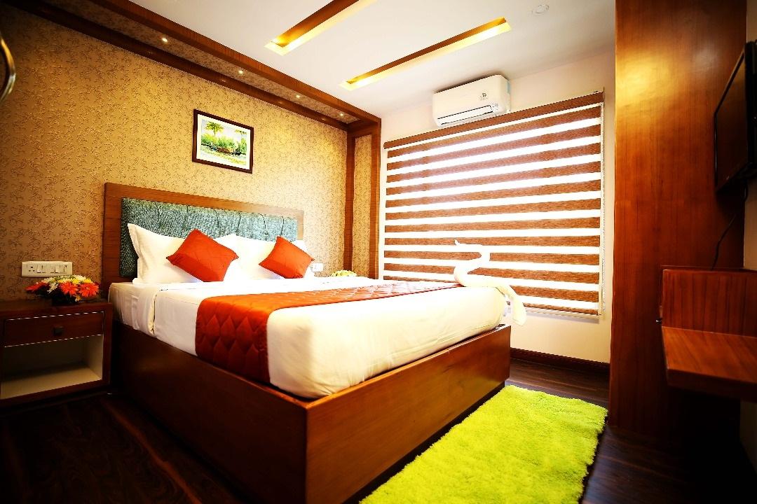 houseboat bedroom interiors