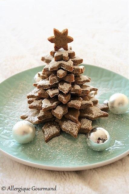 sapin de Noël en sablés sans gluten, sans lait, sans œufs