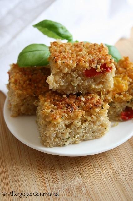 Carrés au quinoa, courgette et poivrons