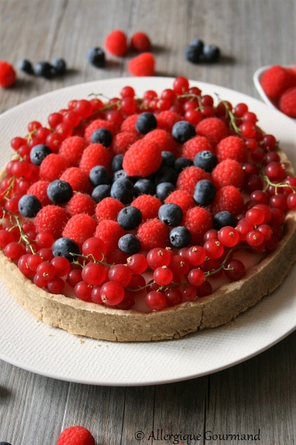 Tarte à la crème de verveine – rhubarbe aux fruits rouges