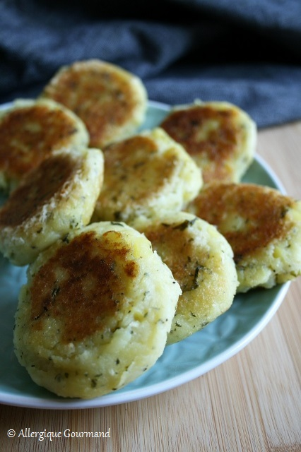 Croquettes de pommes de terre aux herbes aromatiques