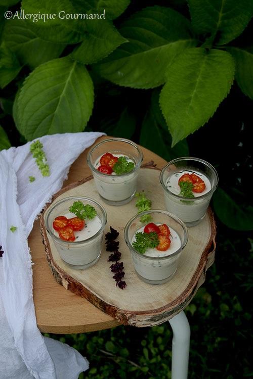 Panna cotta aux herbes sans gluten, lait, œufs