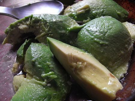 avocado-allergy-symptoms