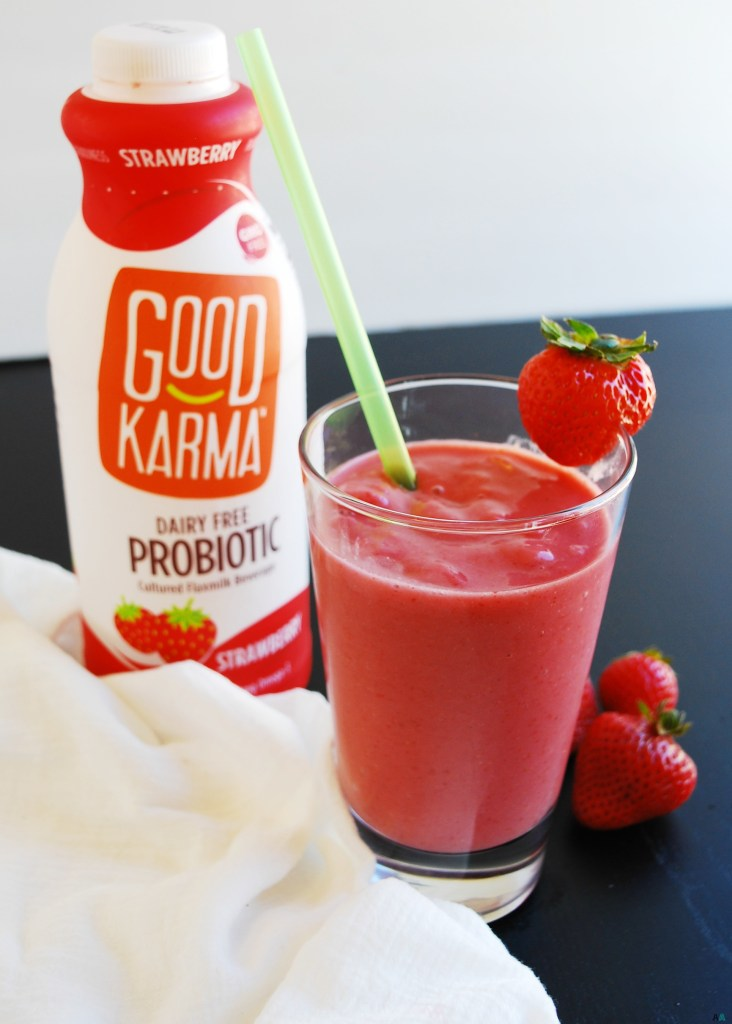 2 Ingredient Strawberry Probiotic Smoothie (Gluten, dairy ...