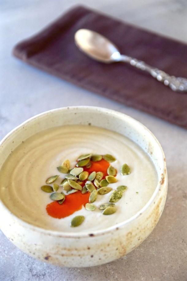 roastedgarliccauliflowersoup-tastingpage