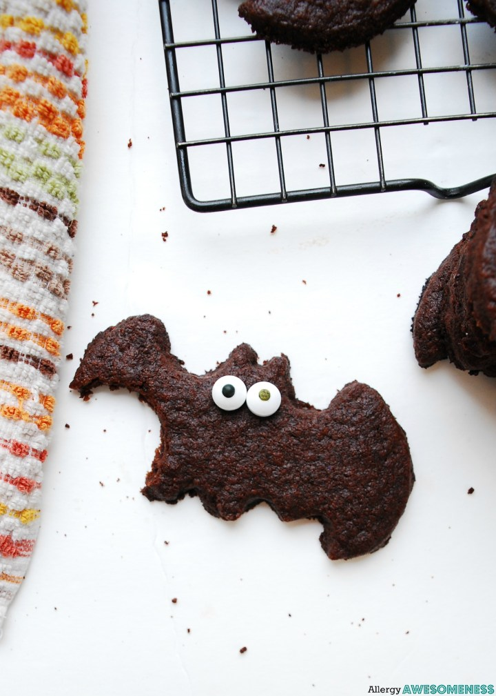 Egg-free Chocolate Sugar Cookie Bats