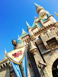 tips for traveling to Disneyland with food allergies