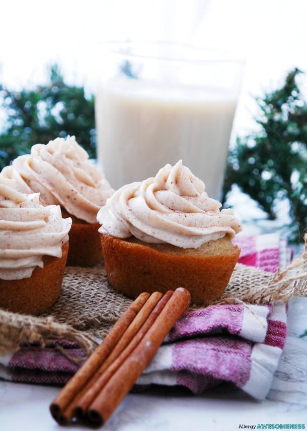egg-free eggnog cupcakes
