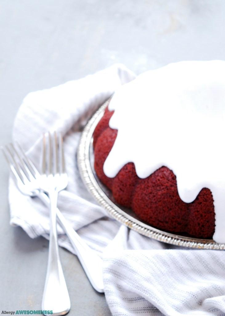 gluten free vegan red velvet bundt cake