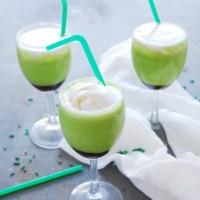 Dairy-free & Allergy-friendly Shamrock Shake!