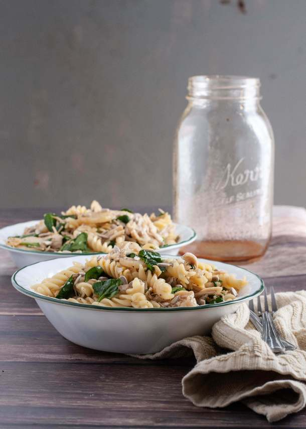 easy-gluten-free-chicken-spinach-pasta-salad