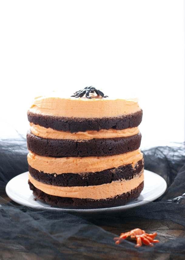 allergy-friendly-halloween-cake
