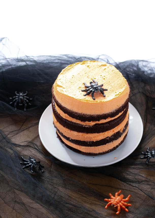 easy-allergy-friendly-halloween-layered-cake