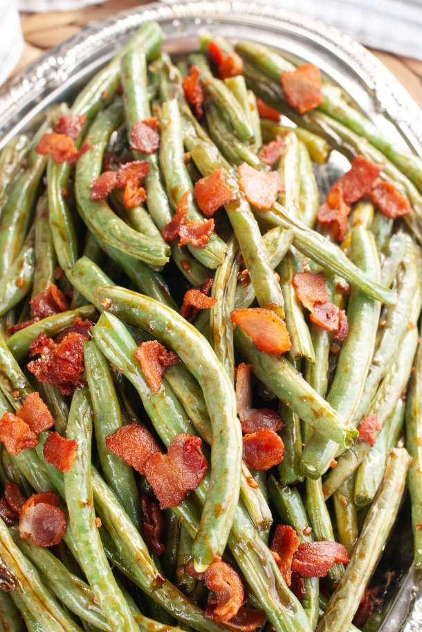 how-to-make-oven-roasted-bacon-green-beans-for-thanksgiving