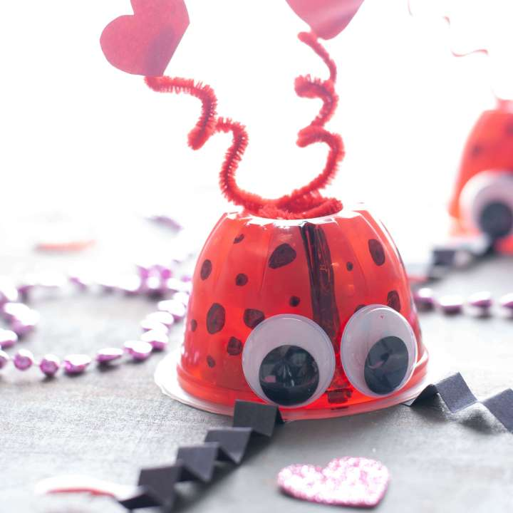 how to make a Valentine love bug