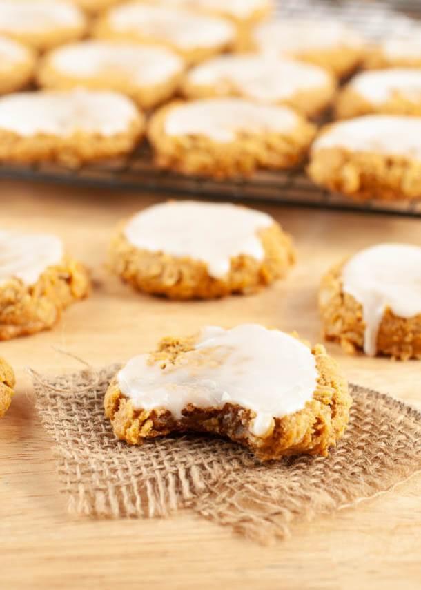 vegan-iced-pumpkin-oatmeal-cookies