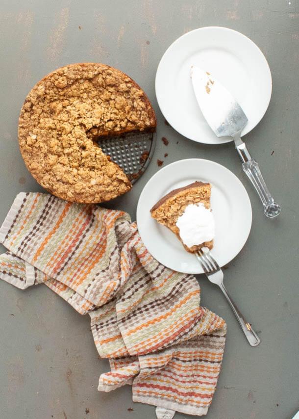 gluten-free-pumpkin-crumble-pie