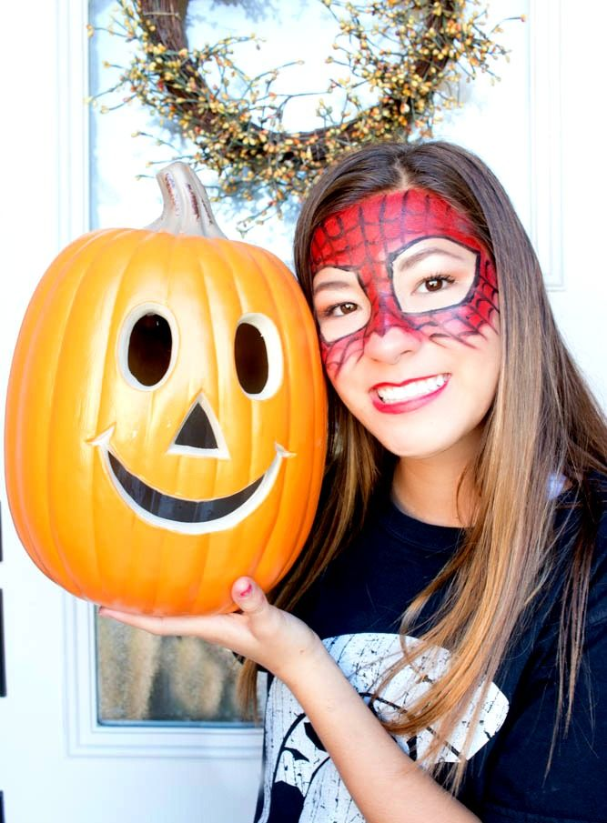 "Safety Tips In addition to choosing allergy-free Halloween makeup, here are a few more ideas to keep this Halloween safe. No mask about it- for kids with asthma, choose a costume that doesn't require a mask. Pack & carry- Be prepared for emergencies!  Don't forget to carry a charged cell phone, epi & asthma meds as well as a few safe treats to nibble on along the way. Trick-or-skip- Parents may want to consider alternatives such as a movie night, bowling night or host their own safe Halloween party. The big swap-Allow kids to trick-or-treat with friends but swap out their candy for a big 'ol bag of their own OR trade it in for $money$!  What kid can say ""no"" to that? Teach your trickster-Instruct children with allergies which treats are safe for them to eat OR teach them to leave ALL the candy in the bag until you are able to go through it with them. Toys are cool- Consider leading the way in your neighborhood by offering non-food treats for the kiddos and you'll be the favorite house on the block."