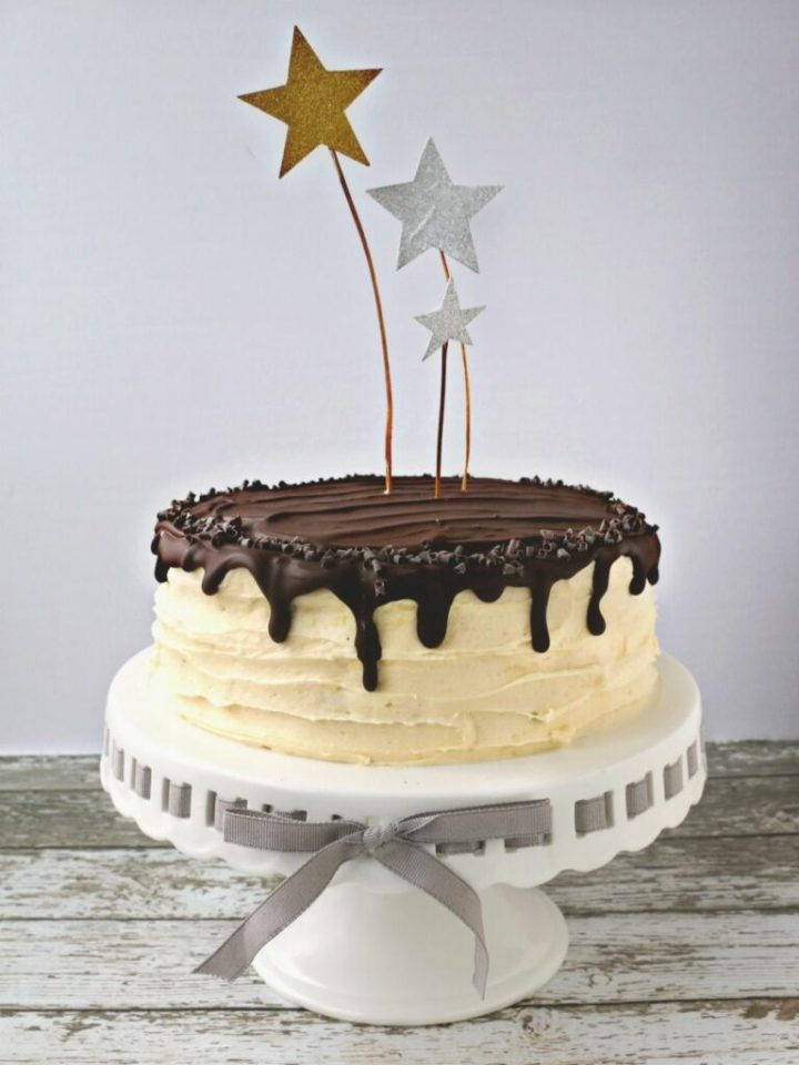 Red Velvet Cake with Cream Cheese Frosting and Chocolate Ganache. V,GF, NF