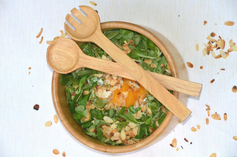Feldsalat mit Joghurt Dressing und Mandarinen