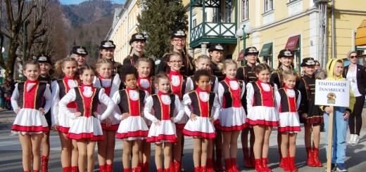 Stadtgarde Innsbruck feiert Abschlussfest und gibt Showtraining
